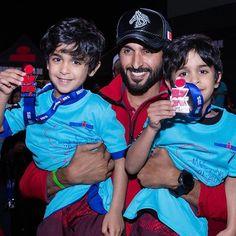 Nasser bin Hamad bin Essa Al Khalifa con sus hijos, 26/01/2017. Vía: nasser13hamad