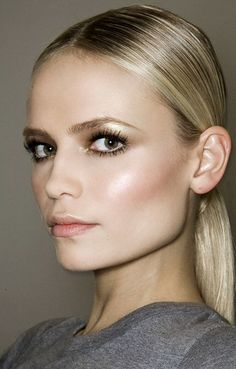 Natasha Poly's Stunning Makeup looks is complemented by dewy, glowing skin Beauty Make-up, Natural Beauty Tips, Beauty Care, Beauty Hacks, Hair Beauty, Beauty Skin, Beauty Ideas, Beauty Secrets, Beauty Guide