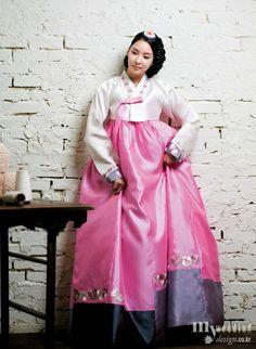 Hanbok Design by Kyung Sook Park