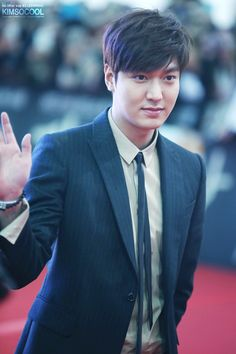 Lee Min Ho | Gangnam 1970 Red Carpet and showcase (150106)