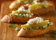 Cottage Cheese and Pear Crostini with Daisy Brand Cottage Cheese