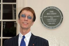 Robin Gibb Dead at 62: Bee Gees Legend