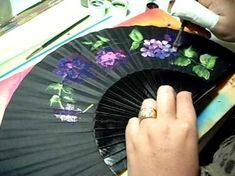 how to paint a fan One Stroke Painting, Learn To Paint, Fabric Dolls, Mixed Media Art, Art Tutorials, Diy And Crafts, Hand Fans, Youtube Youtube, Tapas