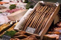 Oud Hollands Gerookte Paling | De Oude Vischmarkt van Texel #Holland #Netherlands Traditional Smoked Eel from Holland