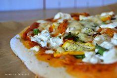 Essen is fertich!: Vegetarisch am Wochenende #7: Gemüsepizza mit Feta