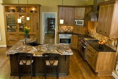 L Shaped Kitchen Wit...
