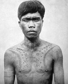 "Most Ifugao warriors wore the ""neck-ladder"" tattoo… Star Tattoo Meaning, Dragon Tattoo Meaning, Philippines Tattoo, Buffalo Tattoo, Filipino Tribal Tattoos, Filipino Culture, Asia, Barong, Symbolic Tattoos"