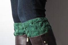 Cabled boot cuffs, good cabling for beginners pattern
