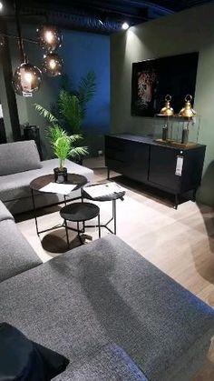 Classy Living Room, Living Room Grey, Home Living Room, Apartment Living, Living Room Decor, Black And White Living Room Ideas, Home Room Design, Interior Design Living Room, Living Room Designs