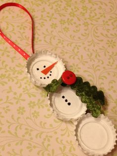 Bottle Cap Snowman Ornament (Green and Red). $6.50, via Etsy.