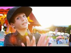 One Direction - Live While We're Young (MattyBRaps Cover) NO JUST NO THIS IS TERRIBLE JUST NO WHY DUDE WHY MAKE THIS VIDEO YOU ARE S RETARD MATTY B... GEEZ nobody can sing this song better than 1D geez!