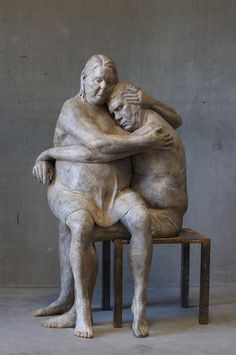 Lotta Blokker (Amsterdam first encountered the work of the french sculptor Auguste Rodin, during a secondary school excursion Sculptures Céramiques, Art Sculpture, Bronze Sculpture, Contemporary Sculpture, Contemporary Art, Erich Fried, Musée Rodin, Auguste Rodin, Florence Academy Of Art