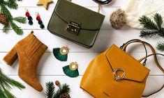 sesja świąteczna, pomysł na prezent, kolorowe dodatki, musztardowe botki, kolczyki Adidas, Bags, Fashion, Handbags, Moda, Fashion Styles, Fashion Illustrations, Bag, Totes