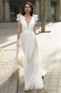 Look fantastic for your next formal event in this evening gown by Tarik Ediz Tailored with a plunging V-neckline with mesh, this sleeveless beauty features ribbon Sexy Wedding Dresses, Wedding Gowns, Unique Wedding Dress, French Wedding Dress, Civil Wedding Dresses, Party Dresses, Long Evening Gowns, Perfect Prom Dress, Prom Dresses Online