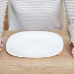 Si chiama digiuno intermittente, o terapeutico: una vera e propria dieta che, secondo recenti studi, fa bene all'organismo. Ma ha dei rischi.