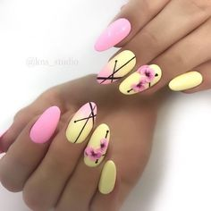 Ideas gel pedicure spring nailart for 2019 Nail Art Designs, Pedicure Designs, Short Nail Designs, Pedicure Ideas, Pedicure En Gel, Design Ongles Courts, Yellow Nail Art, Gel Nails At Home, Nagellack Trends
