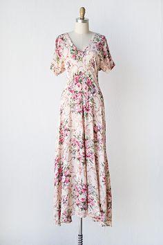 vintage 1970s dress   Epernon Rosea Dress