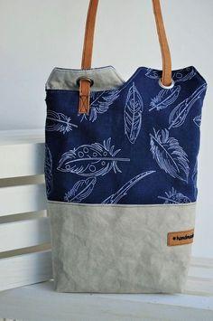 Hallo liebe Stoffefreunde, seit ich dieses Schnittmuster: http://www.designsponge.com/2010/10/diy-project-renskes-minimalist-tote-bag.html beim Stöbern bei Pinterest gefunden habe, steht die Tasche ga (Diy)