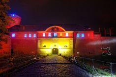 Zitadelle Spandau /// Spandau Citadel Berlin Festival, Festival Lights, Berlin Germany, Renaissance, Christian, Mansions, House Styles, Travel, Night