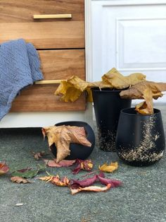 I needed some fall inspired decor formy furniture dresser flip! Check that post out in my profile these didn't exactly turn out as I thought they were going to, but they're adorable to say the least. Dollarstore vases Christmas Vases, Christmas Nativity, Christmas Lights, Christmas Ornament, Candy Cane Ornament, Ornaments, Diy Plaster, Old Coffee Tables, Old Vases