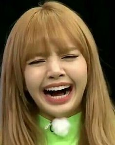 Blackpink Funny, Memes Funny Faces, Funny Kpop Memes, Kim Jennie, Rambo, Lisa Blackpink Wallpaper, Couple Wallpaper, Black Memes, Lisa Bp