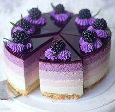 Mini Desserts, Purple Desserts, Purple Cakes, Strawberry Desserts, Chocolate Desserts, Delicious Desserts, Chocolate Cake, Baking Desserts, Chocolate Lovers
