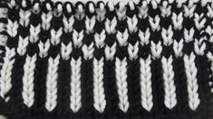 Hebemaschenmuster Streifen * Knit One Below Knitting Stiches, Knitting Videos, Easy Knitting, Knitting Patterns, I Cord, Knitted Headband, Stitch Patterns, Free Pattern, Knit Crochet
