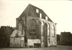 De Agnietenkapel op de Nieuwe Markt in zij- en achteraanzicht, 1940