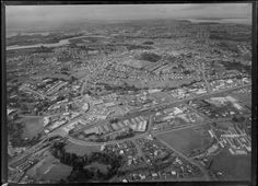 1971 Aerial of railway line at Henderson, Auckland. Corbans bottom left. Henderson High School bottom right. Whites Aviation Ltd :Photos WA-69796-G. Alexander Turnbull Library, Wellington, NZ. http://natlib.govt.nz/records/22723020