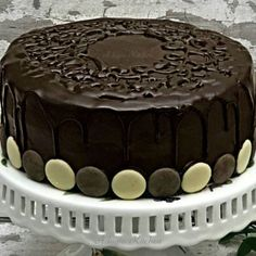 Prajitura Nero cu mousse de ciocolata si foi cu cacao - Adygio Kitchen Sweets Recipes, Desserts, Tiramisu, Mousse, Cake, Ethnic Recipes, Food, Tailgate Desserts, Deserts