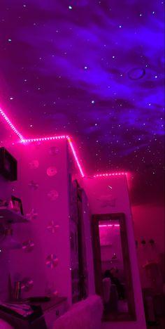 Teen Room Decor, Room Ideas Bedroom, Bedroom Inspo, Hipster Bedroom Decor, Hipster Rooms, Chill Room, Cozy Room, Neon Bedroom, Rock Bedroom