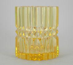 Retro Art, Retro Vintage, Glass Design, Design Art, Mellow Yellow, Color Yellow, Tom Dixon, Bukowski, Scandinavian Design