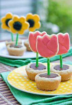 Flower Pot Cookies - ericasweettooth.com