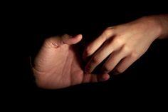 Debemos perdonar y olvidar, pero eso no implica necesariamente la restauración de la confianza. - LEE LA HISTORIA COMPLETA EN: http://cpm.com.es/no-confundas-memoria-con-confianza/