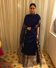 Kareena Kapoor Khan looks Super Gorgeous in Indian wear, view pictures Indian Fashion Dresses, Dress Indian Style, Indian Designer Outfits, India Fashion, Pakistani Dresses, Designer Dresses, Indian Fashion Trends, Designer Punjabi Suits, Sharara Designs