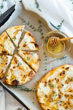 Pear Naan Pizza recipe with Honey Whipped Goat Cheese, Fresh Thyme and Honey Drizzle Whipped Goat Cheese, Goat Cheese Pizza, Goat Cheese Recipes, Goat Recipes, Baked Goat Cheese, Naan Pizza, Pizza Pizza, Pizza Rolls, Pizza Dough