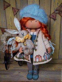 Коллекционные куклы ручной работы. Ярмарка Мастеров - ручная работа. Купить Малышка в пальтишке (с зайкой). Handmade. Морская волна