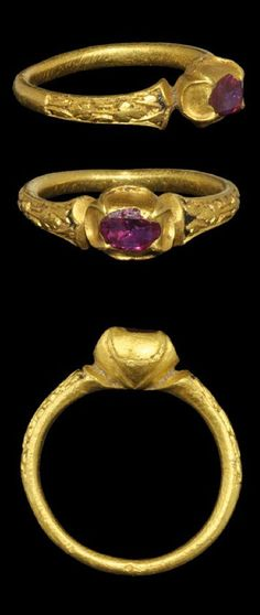 Medieval Gold Ring with Ruby century AD . An ornamental gold finger ring with round-section hoop and foliage motifs to the shoulders, traces of niello infill; the bezel ovoid in plan with inset facetted pink stone Renaissance Jewelry, Medieval Jewelry, Ancient Jewelry, Antique Rings, Antique Gold, Antique Jewelry, Vintage Jewelry, Bijoux Design, Schmuck Design