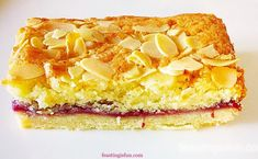 Bakewell Shortbread Bars Recipe buttery shortbread base covered in raspberry jam and topped with a light almond sponge with flaked almond ideal for picnics Tray Bake Recipes, Tart Recipes, Sweet Recipes, Baking Recipes, Dessert Recipes, Breakfast Recipes, Bakewell Traybake, Bakewell Tart, Gluten Free Almond Cake