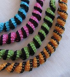 Scarves necklace free pattern