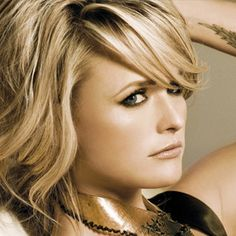 Miranda Lambert by Ashley Thompson Miranda Blake, Blake Shelton And Miranda, Country Singers, Country Music, Country Artists, Her Music, I Love Music, Pretty People, Beautiful People