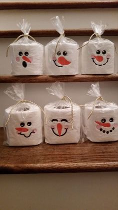 ▷ 1001 + Ideen und Anleitungen zum Thema Schneemann basteln tinker snowman small white snowmen out of toilet paper snowmen with black eyes and orange noses