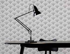 Un clásico del diseño inglés, el reflector de latón con resorte. Este es el original de 1932, el 1227 de Anglepoise