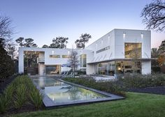 http://www.homedezen.com/king-residence-mc2-architectural-studio/  KING RESIDENCE BY MC2 ARCHITECTURAL STUDIO