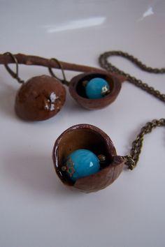 Jade - Kette Macadamia*Jade türkis* - ein Designerstück von Die-kleine-Wunderkiste bei DaWanda
