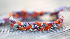 A Liberty bracelet very easy to make. – The DIY Factory, first collaborative website of DIY tutorials Source by elodiepeltier Bracelet Bebe, Bracelet Making, Bangle Bracelets, Bangles, Bridesmaid Bracelet, Wedding Bracelet, Wedding Jewelry, Bracelets Liberty, Diy Collier