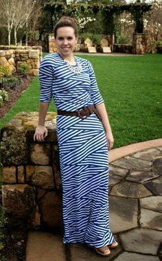 Now that I've given you a little taste of this 3/4 inch sleeve maxi dress, I know you're just dying to learn how to make one for yourself. So without any further ado, here is what you&#…