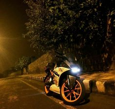 #Repost @immortal_creature21  Nobody else needs to know where we might go... #ktmrc390 #ktm #streetlife #streetphotography #streetlights #nightlife #nightride #rainyday