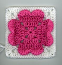 ~ Dly's Hooks and Yarns ~: ~ 4-hearts square pattern