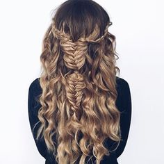 Can summer pretty please hurry up ☀️ love this! #hairup #hairstyles #hair #hairstylist #hairinspo